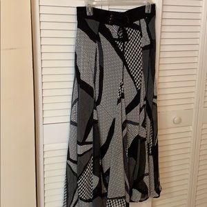 LAPIS Maxi Skirt